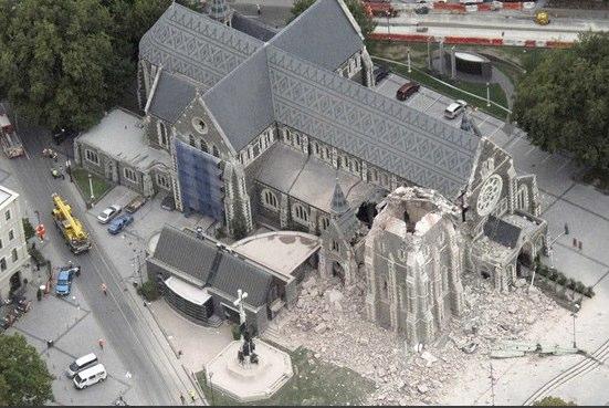 http://morristsai.com/blogpics/ChristchurchSpire.jpg