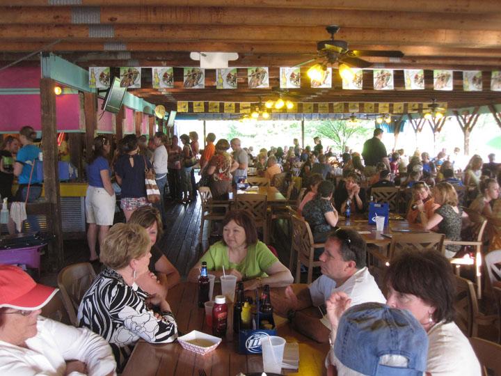 http://morristsai.com/blogpics/cabanaontheriver3A.jpg
